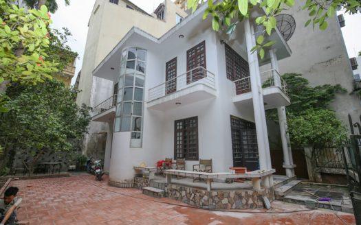 Maison avec jardin en location à Hanoi quartier Tay Ho