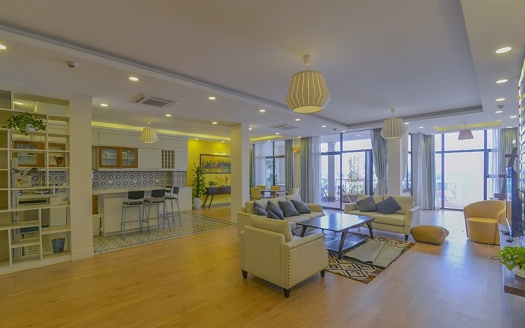 Serviced apartment 4 bedroom Tay Ho for rent