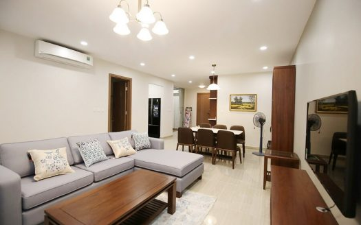 Beautiful 2 bedroom apartment in Xuan Dieu, Dle Roi Solei building