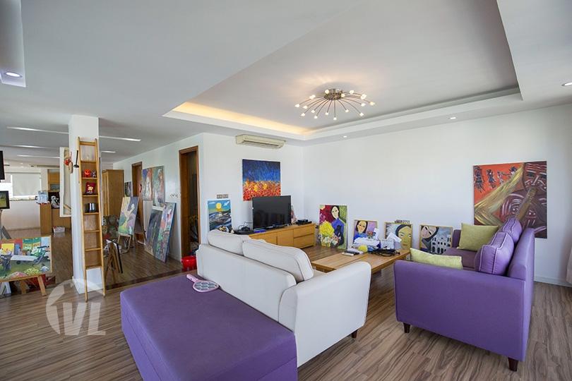 333 Duplex penthouse to rent in Hai Ba Trung district Hanoi