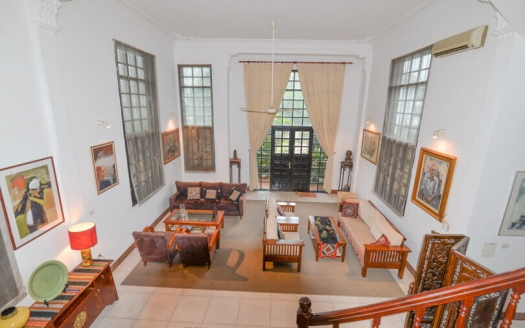 Lake view villa in Tay Ho for lease, 4 beds, charming and spacious