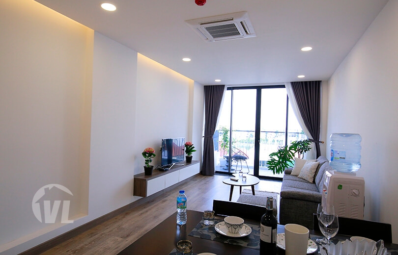 222 Lovely 2 bedroom apartment in Xuan Dieu Tay Ho