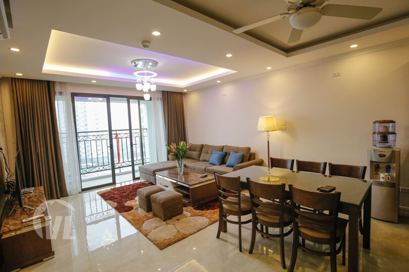 222 Nice 2 bedroom apartment in Tay Ho- D'le Roi soleil building