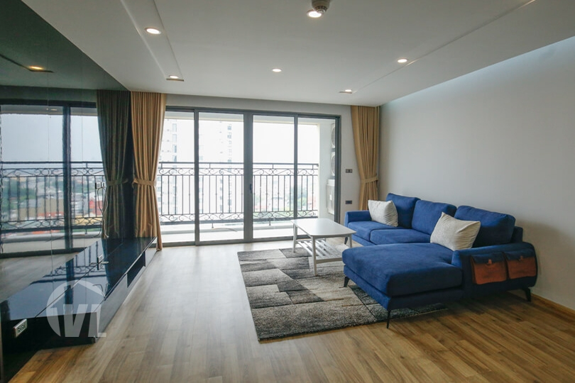 222 Spacious, corner 3 bedroom apartment in D le Roi Soleil Tay Ho