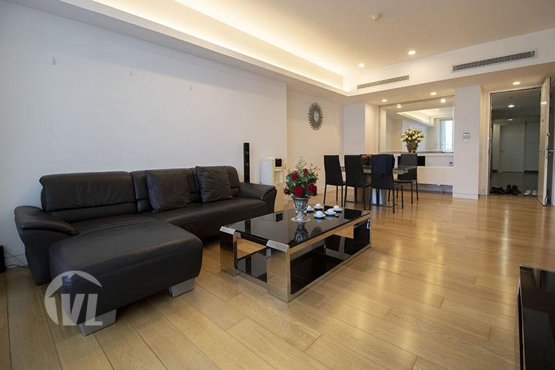 222 03 bedroom furnished apartment