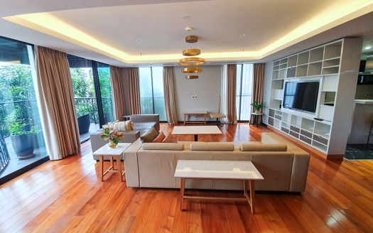220 sq m 3 beds apartment to rent in Hoan Kiem district Hanoi