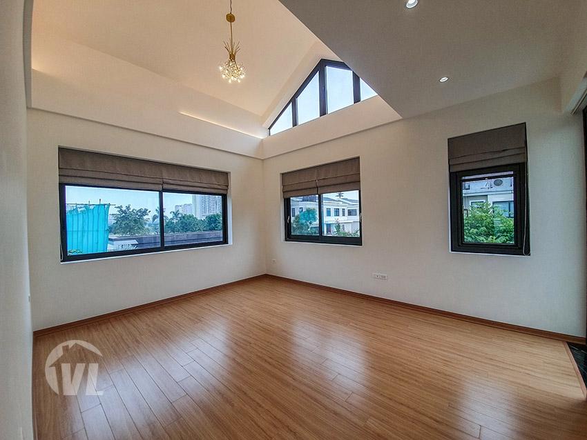333 Detached villa to let in Vinhomes Starlake in Hanoi