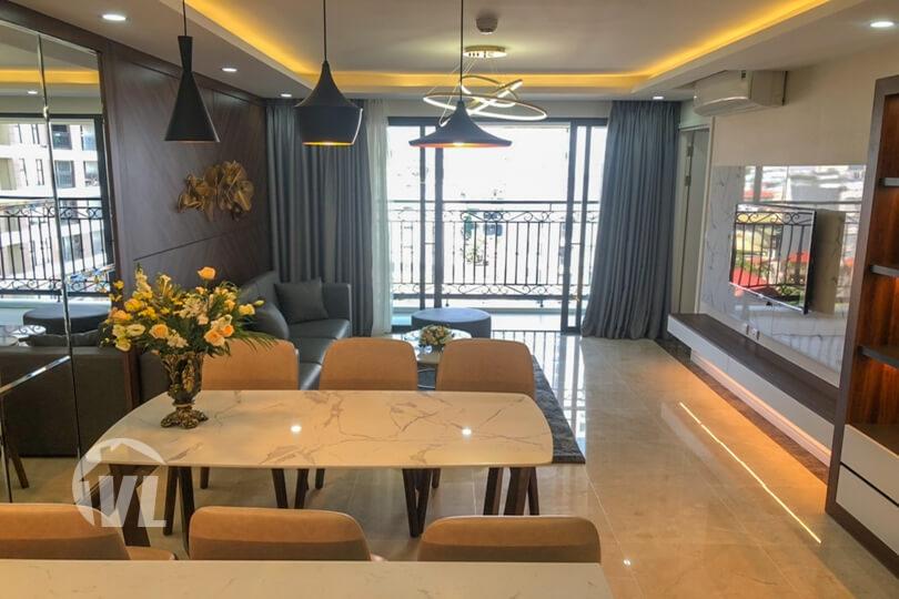 222 D'le Roi Soleil 3 bedroom apartment, Xuan Dieu street Tay Ho