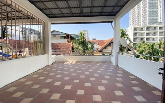 En-suite 5 bedroom house in the heart of Tay Ho