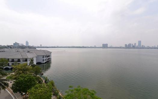 Good price 3 bedrooms apartment in Tu Hoa street