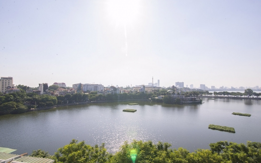 Lake view 3 bed duplex apartment in Truc Bach for rent