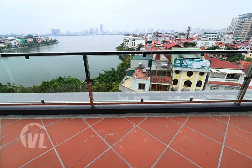 333 Modern apartment with big balcony in Xuan Dieu street