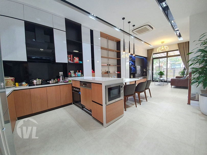 222 Modern furnished house to rent in Hanoi Starlake compound