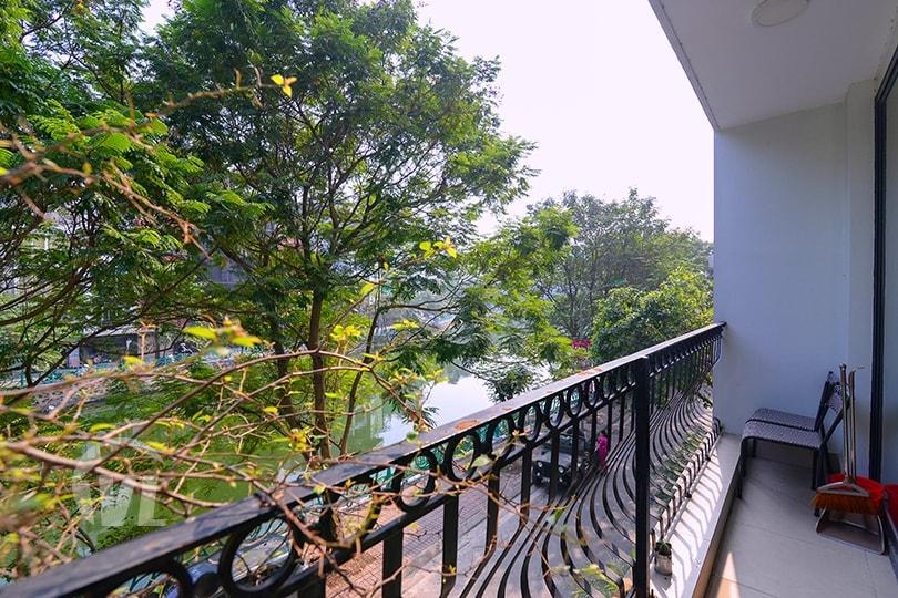 222 Quiet apartment in Lang Yen Phu, 2 bedrooms, 2 bathrooms