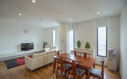 Spacious 3 bedrooms apartment in Ho Ba Mau with lake view
