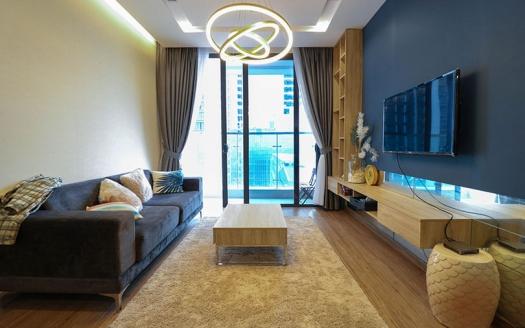 Charming furnishing Vinhomes Metropolis 2 bedroom apartment