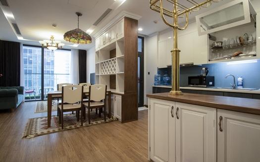 reasonable price 2 bedroom apartment at Vinhomes Metropolis