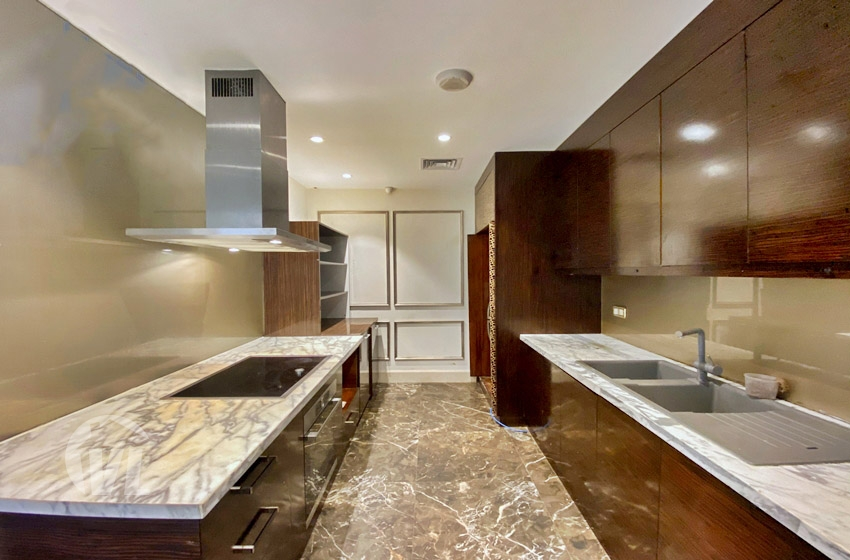 333 235 sq m apartment to rent in Hoang Thanh tower Hai Ba Trung district