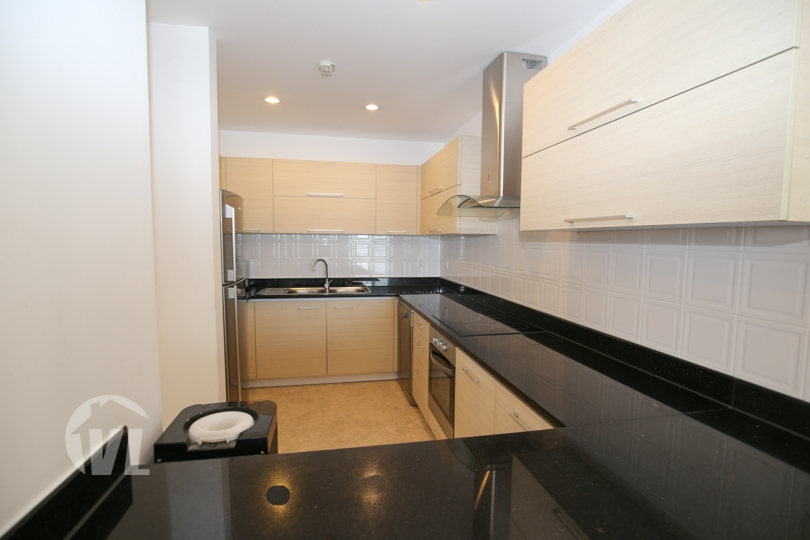 333 4 bedrooms serviced apartment to lease in Tay Ho Elegant Suites