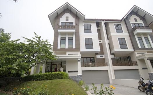 Amazing Ambassador 5 bedroom villa for rent at Q block Ciputra