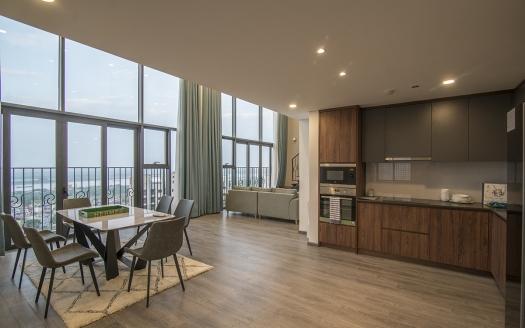 good price 3 bedroom apartment for rent in PentStudio Tay Ho