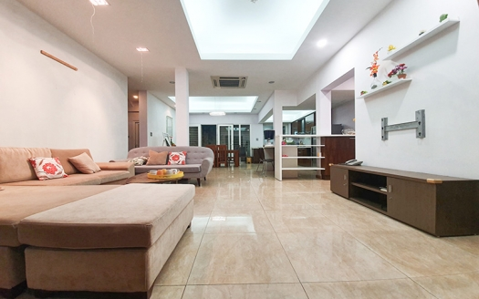 Furnished house close to the British International School in Long Bien