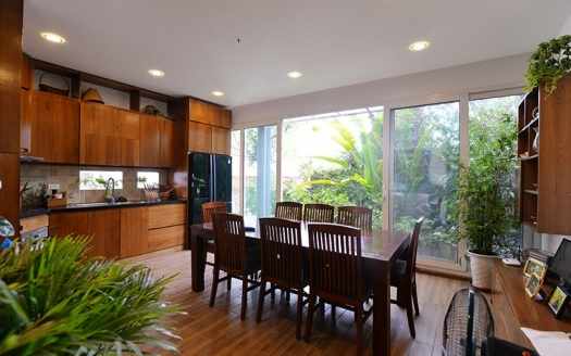 Hoan Kiem house for rent close to French Embassy