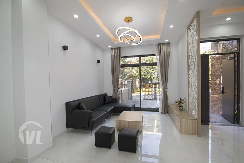 222 Minimalist style 4 bed house to rent in Vinhomes Starlake