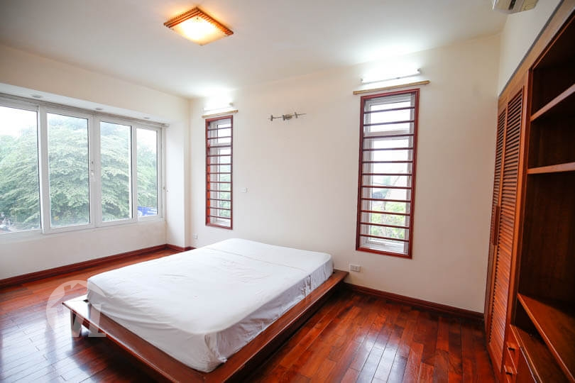 333 Modern partly furnished house in Tay Ho 3 beds 3 baths