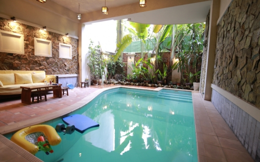Partly furnished pool house to rent in Hanoi Westlake area
