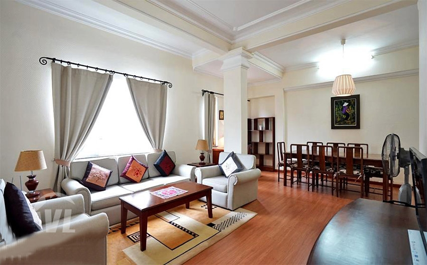 222 Spacious 2 bedroom apartment in Hoan Kiem for rent
