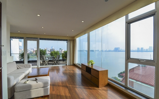 apartment with big balcony and lake view on Quang An street