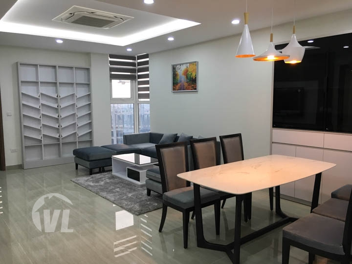 222 Brandnew 3 bedroom apartment at L5 tower Ciputra for rent