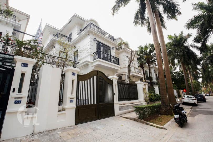 222 New villa Ciputra