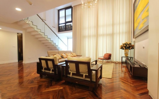 Furnished duplex apartment to lease in Hoang Thanh tower