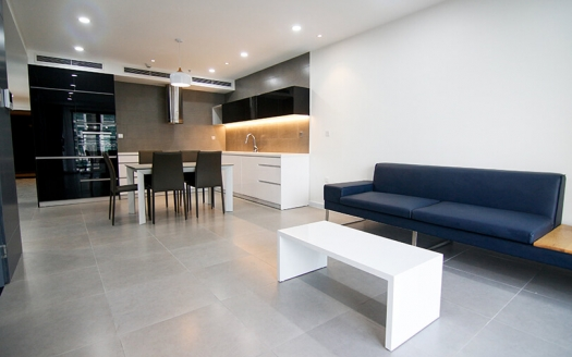 Lake view 3 bedroom apartment in Tay Ho, Dle Roi Soleil building
