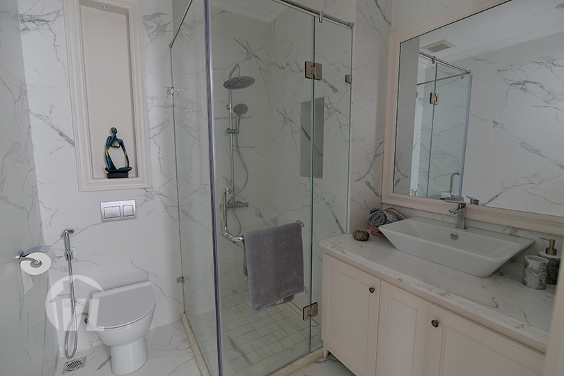 333 Splendid furnished house in Vinhomes Harmony close to Vinschool
