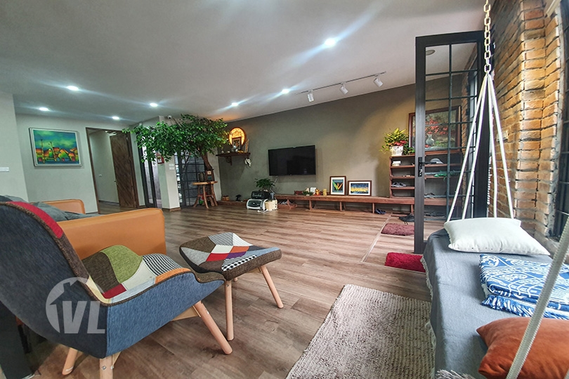 333 1 storey furnished house with garden to lease in Tay Ho