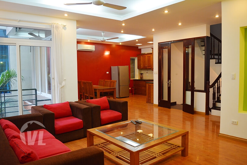 333 Beautiful 4 bedrooms furnished house with yard in Tay Ho