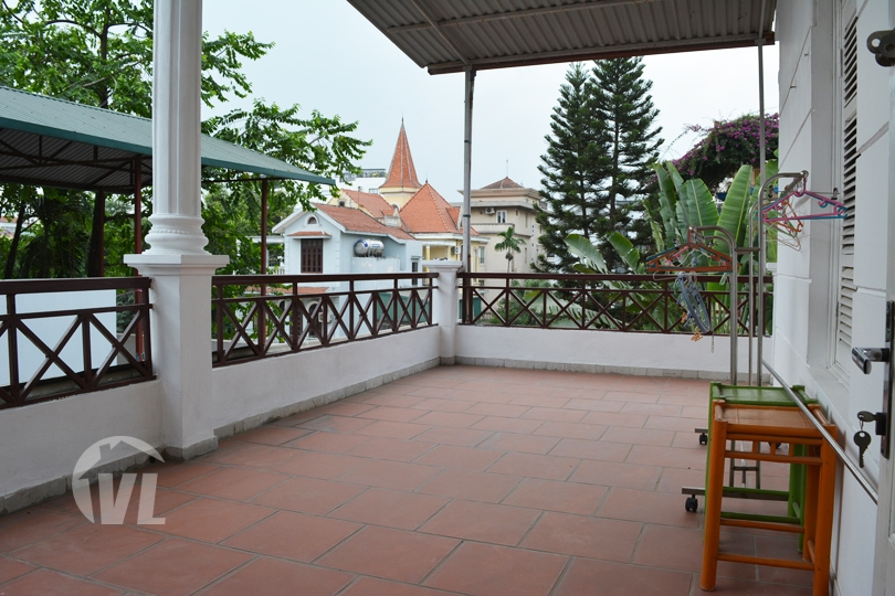 333 Furnished 5 bedrooms house to rent in To Ngoc Van area