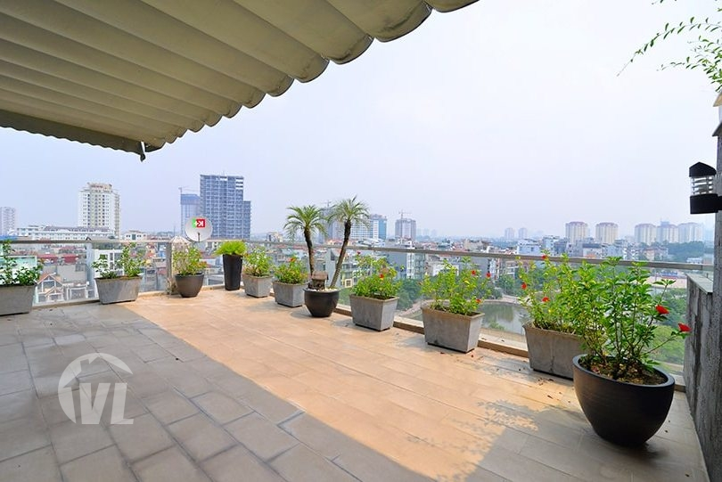 222 Furnished duplex apartment with terrace in Tay Ho district