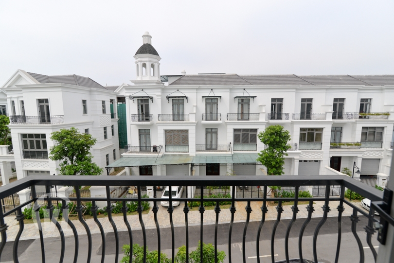 222 Furnished house to lease on Nguyet Que Vinhomes Harmony