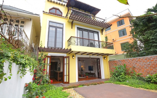 Furnished house with garden and lake view in Hanoi Tay Ho district