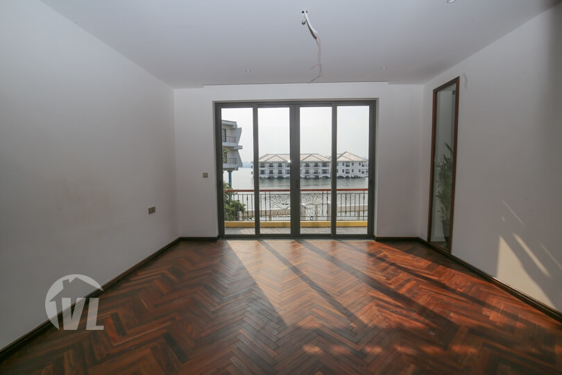 333 Furnished house with garden and lake view in Hanoi Tay Ho district