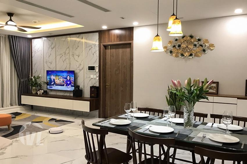 222 High floor 2 bedroom apartment in Sunshine City