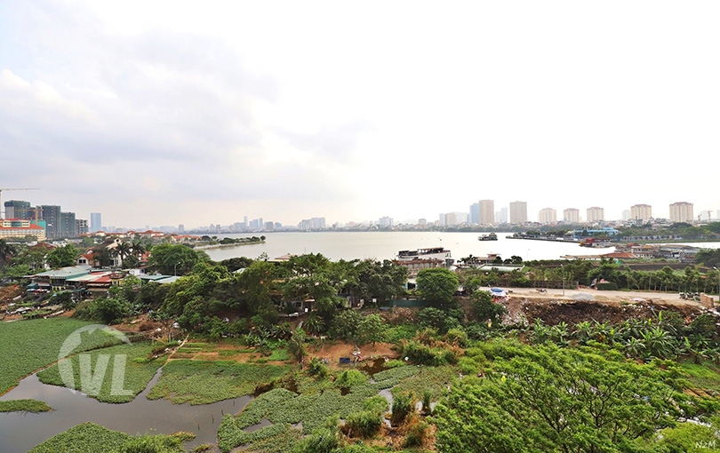 222 Lake view Quiet area 2 bedroom apartment in Au Co Tay Ho