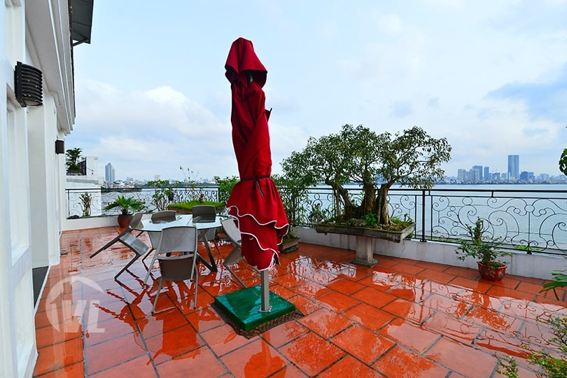 333 Penthouse in Tay Ho for rent with terrace facing the West Lake