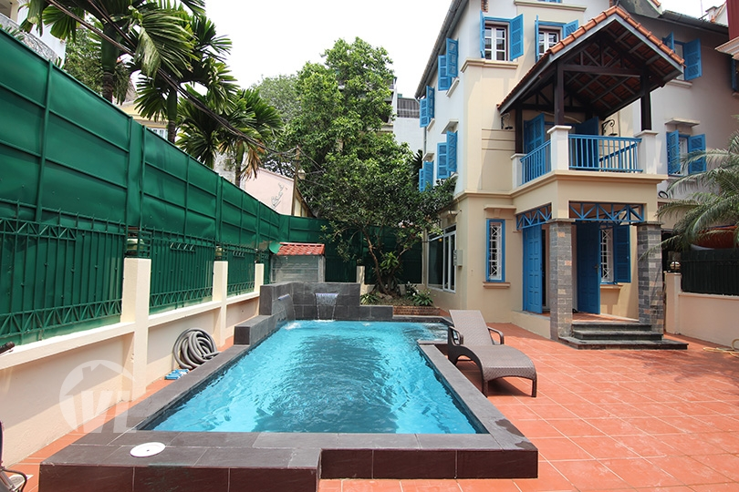 333 Renovated swimming-pool villa to lease in Tay Ho area Hanoi