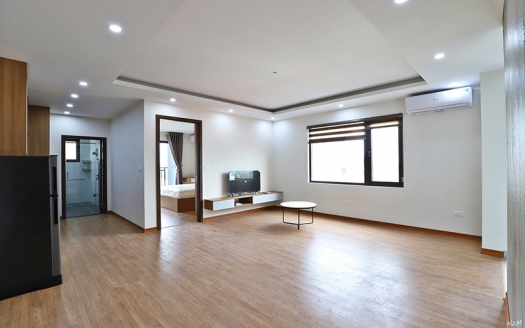 Quiet 1 bedroom apartment in Au Co Tay Ho