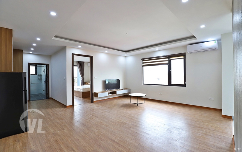222 Quiet 1 bedroom apartment in Au Co Tay Ho